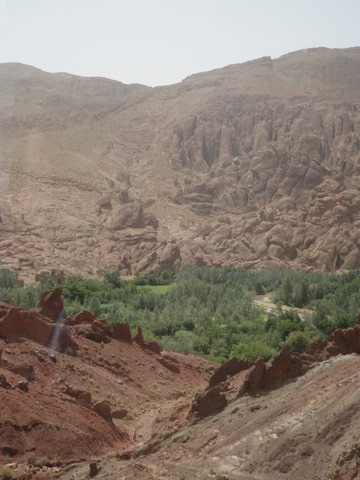 Scenery near Boumalne, superb rock formations, the Tamnalt Hills