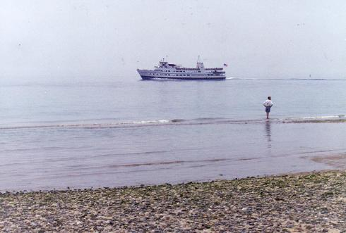 Cruise ship in Princetown