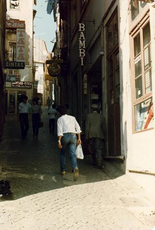 Small streets going uphill, typical of Coimbra