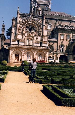 Myself in front of the Bussaco Palace in 1988