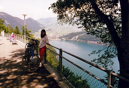 Tara standing in Seelisburg with lake Lucerne in the background